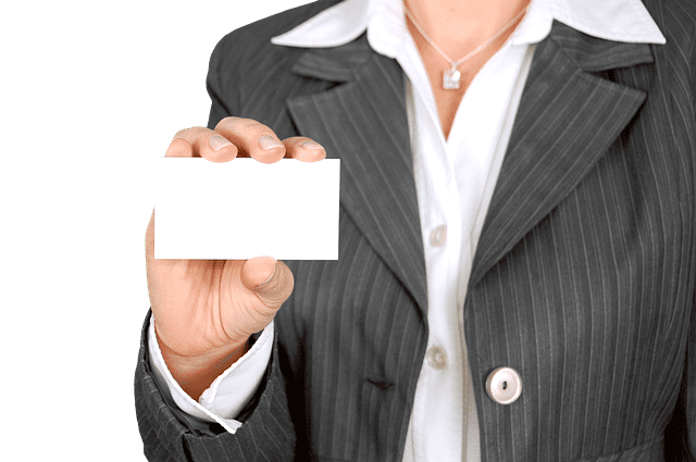 Why You Should ALWAYS Carry Your Business Cards
